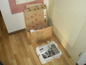 資源ゴミ 段ボール、雑かみ、新聞紙