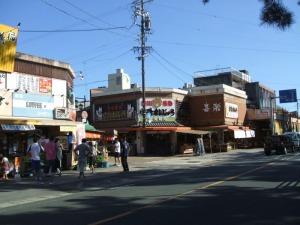 豊川稲荷前のお店