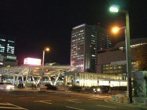 オアシス21と愛知県芸術文化センター