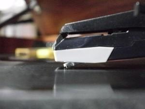 音聴箱 GP-17 で Edison Diamond Disc 再生中