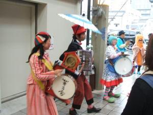 円頓寺商店街 秋のパリ祭2015 フレンチちんどん華乃家