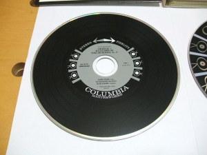 CDラベルデザイン例(アナログ・ディスクのイメージ)